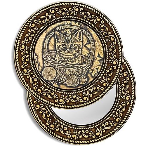 """Зеркало круглое """"Котенок в корзинке"""" (береста, тиснение, дерево)"""