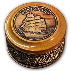 Шкатулка деревянная круглая с накладками из бересты Астрахань-Корабль 70х46