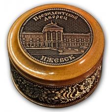 Шкатулка деревянная круглая с накладками из бересты  Ижевск-Президентский дворец