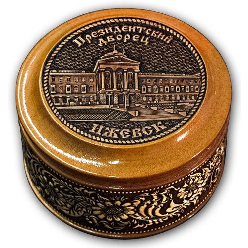 Шкатулка деревянная круглая с накладками из бересты  Ижевск-Президентский дворец 70х46