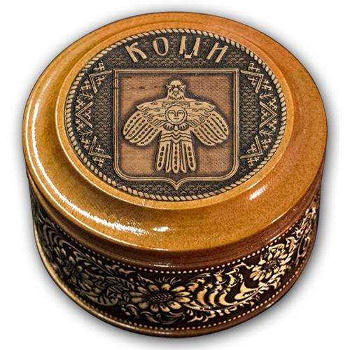 Шкатулка деревянная круглая с накладками из бересты Коми-герб 70х46