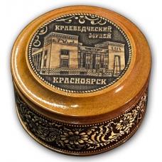 Шкатулка деревянная круглая с накладками из бересты Красноярск-Краеведческий музей 70х46