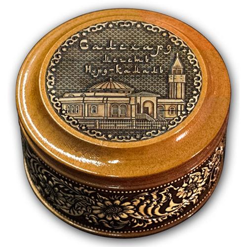 Шкатулка деревянная круглая с накладками из бересты Салехард-Мечеть Нурд-Камал 70х46