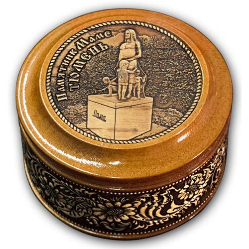 Шкатулка деревянная круглая с накладками из бересты Тюмень-Памятник маме