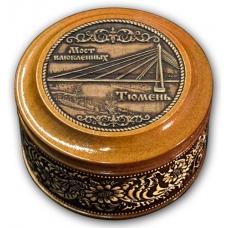 Шкатулка деревянная круглая с накладками из бересты Тюмень-Мост влюблённых