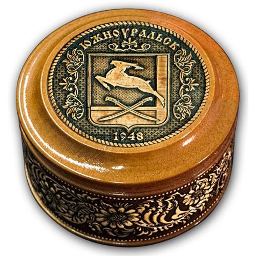 Шкатулка деревянная круглая с накладками из бересты Южноуральск-Герб  70х46