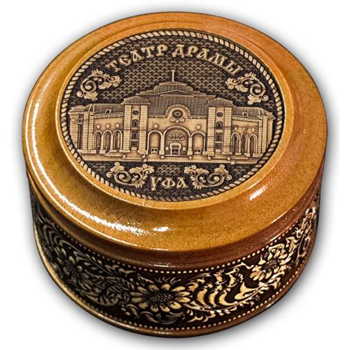 Шкатулка деревянная круглая с накладками из бересты Уфа-Театр драмы 70х46