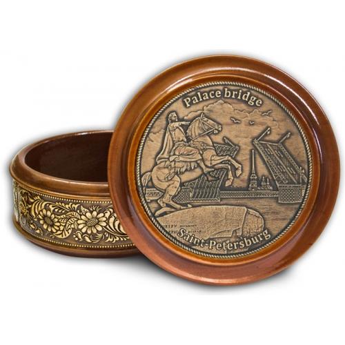 Шкатулка деревянная круглая с накладками из бересты  Санкт-Петербург-Медный всадник (англ) 105х49