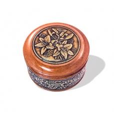 Шкатулка деревянная круглая с накладками из бересты Лилии 70х46