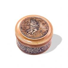 Шкатулка деревянная круглая с накладками из бересты Купидон 58х39