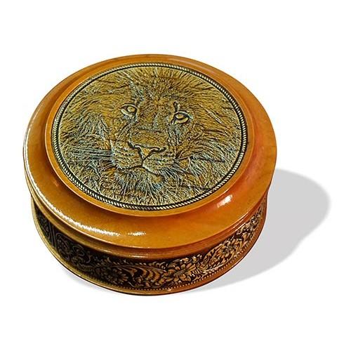 Шкатулка деревянная круглая с накладками из бересты Лев 105х49
